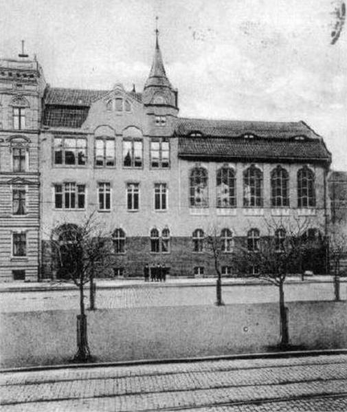 Dr. Gesenius Höhere Töchterschule, Friedrich-Karl-Straße 42