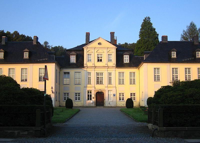 Vogtshof Herrnhut - Sitz der Evangelischen Brüder-Unität - Herrnhuter Brüdergemeine By Rixxo (Own work) [GFDL (http://www.gnu.org/copyleft/fdl.html) or CC-BY-3.0 (http://creativecommons.org/licenses/by/3.0)], via Wikimedia Commons