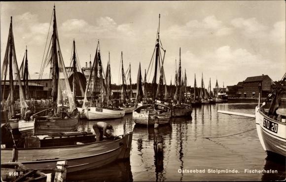 Fischereihafen in Stolpmünde ca 1928