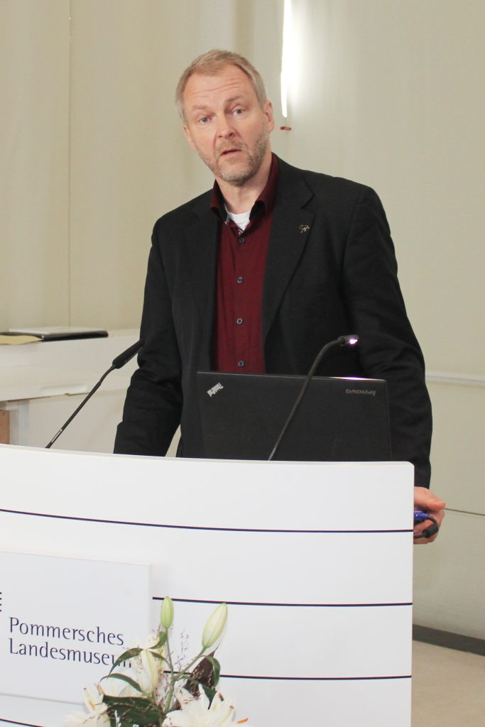 Dr. Nils Jörn